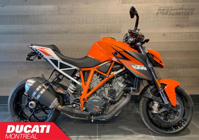 KTM 1290 SuperDuke R 2015