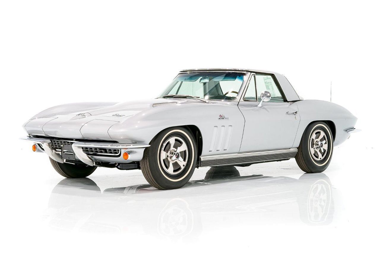 Chevrolet Corvette 427/390HP L36 Matching Numbers - Climatisation d'origine  - Niveau de restauration exceptionel 1966