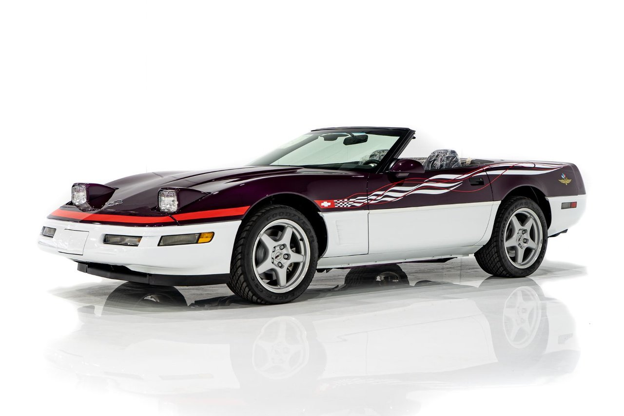 Chevrolet Corvette RPO Z4Z PACE CAR PRESENTED IN DELIVERY PACKAGING WITH ONLY 192MILES (307KM) FROM NEW 1995