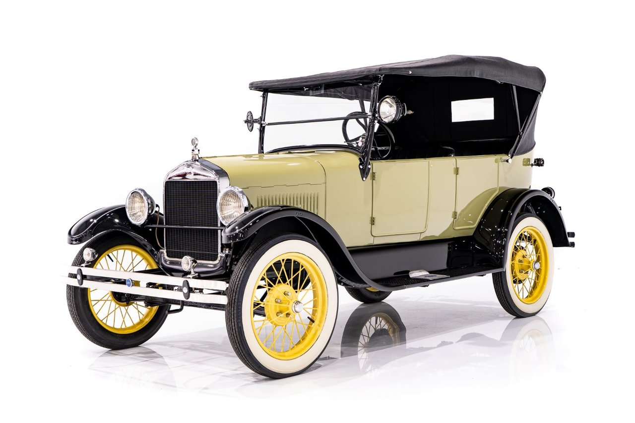 1926 Ford Model T Phaeton - Beautifully Presented in Unique Color Combination