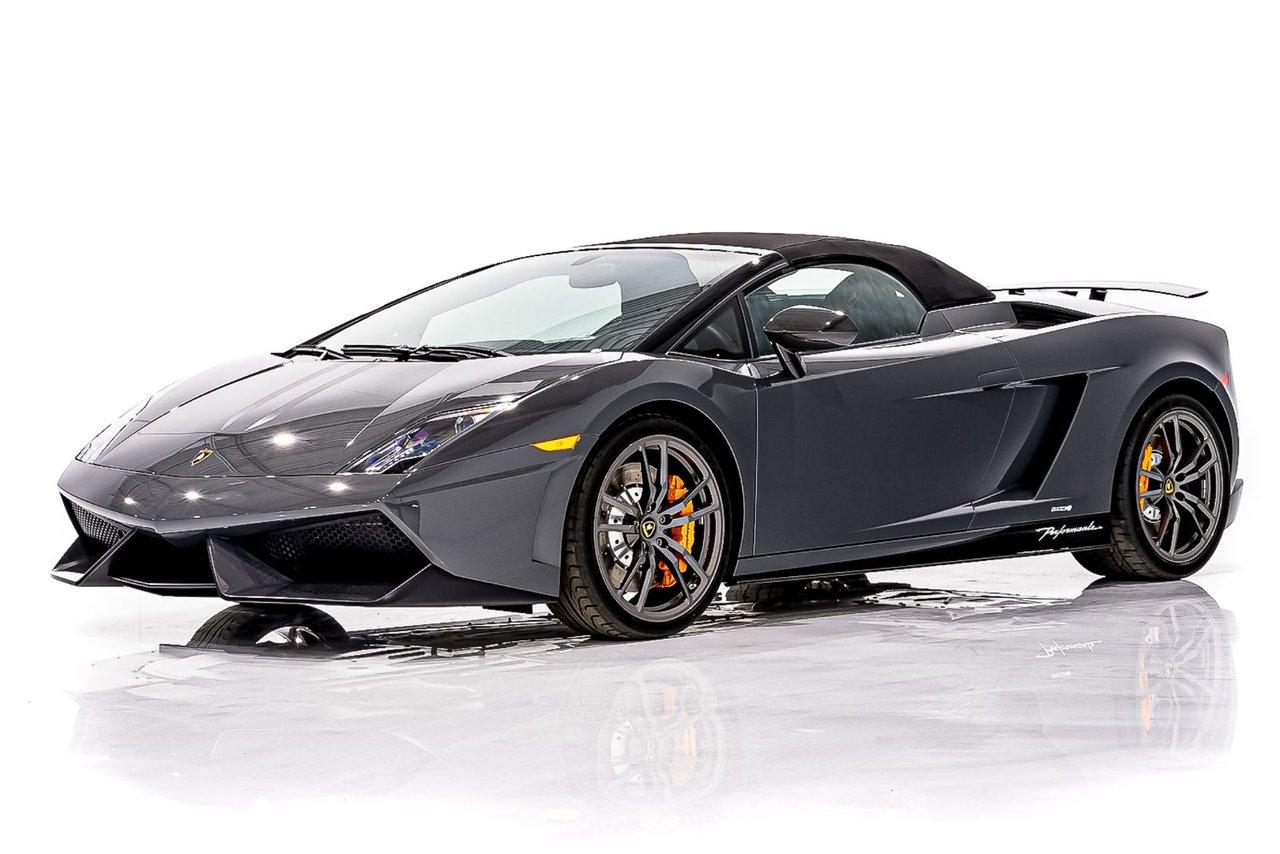 Lamborghini Gallardo LP570-4 Performante Seulement 608 km (380 mi) d'Origine Jamais plaquée 2013