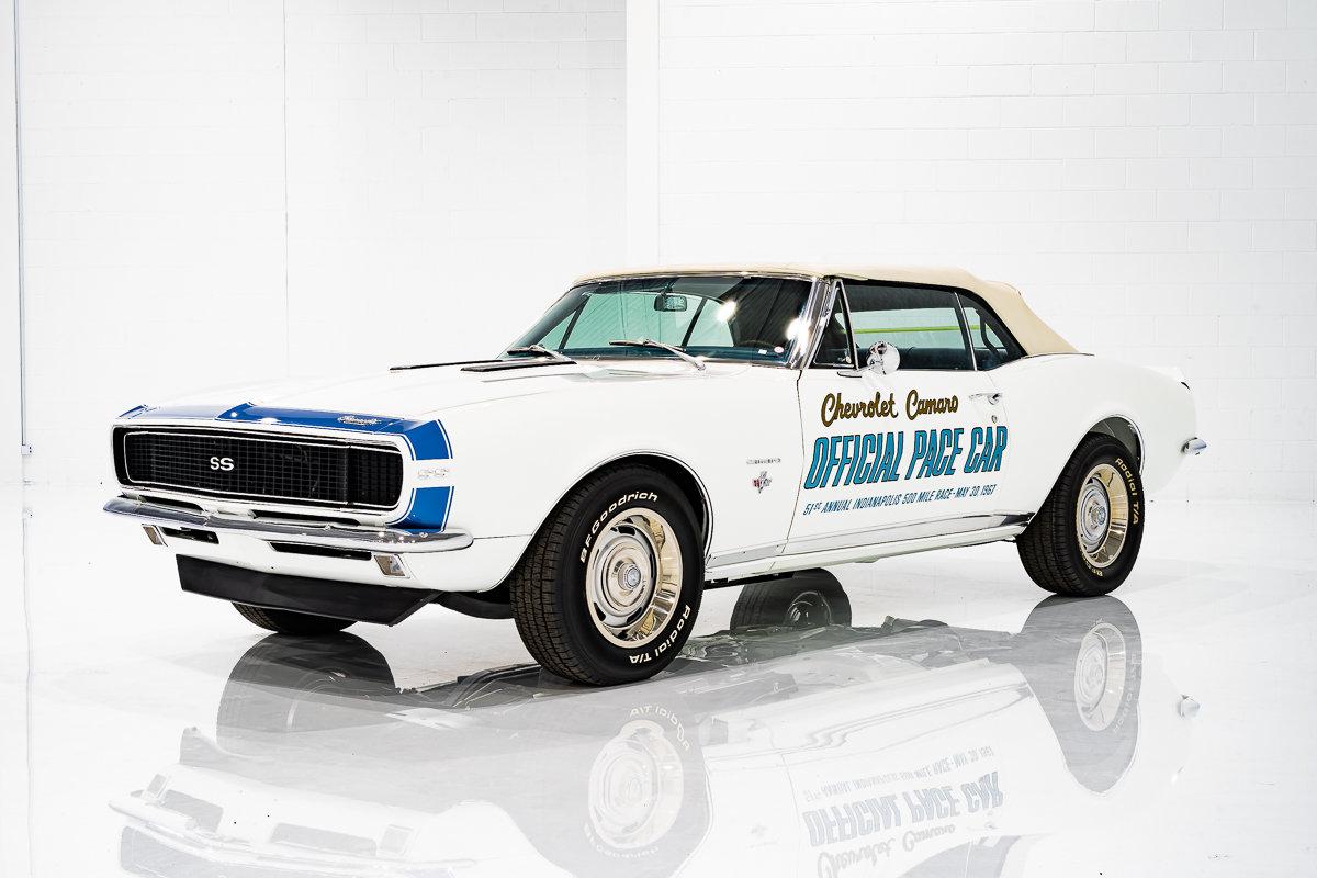Chevrolet Camaro Pace Car , LT1 Injection avec 1 mi depuis Restoration 1967