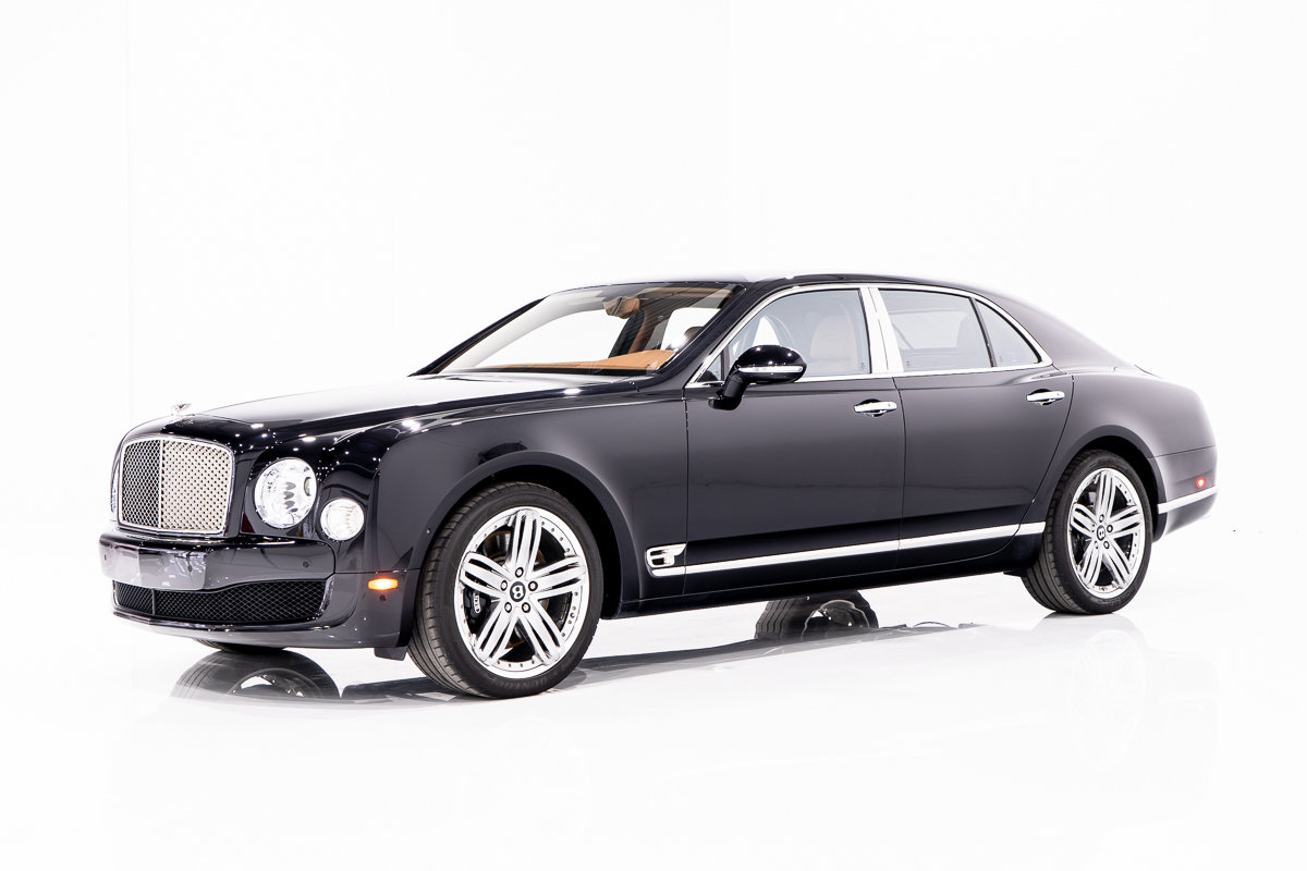 Bentley Mulsanne LE MANS EDITION - NO. 4 OF 48, ORIGINAL MSRP OF $375K USD, WITH ONLY 25,230 KM (15,677MI) FROM NEW 2013