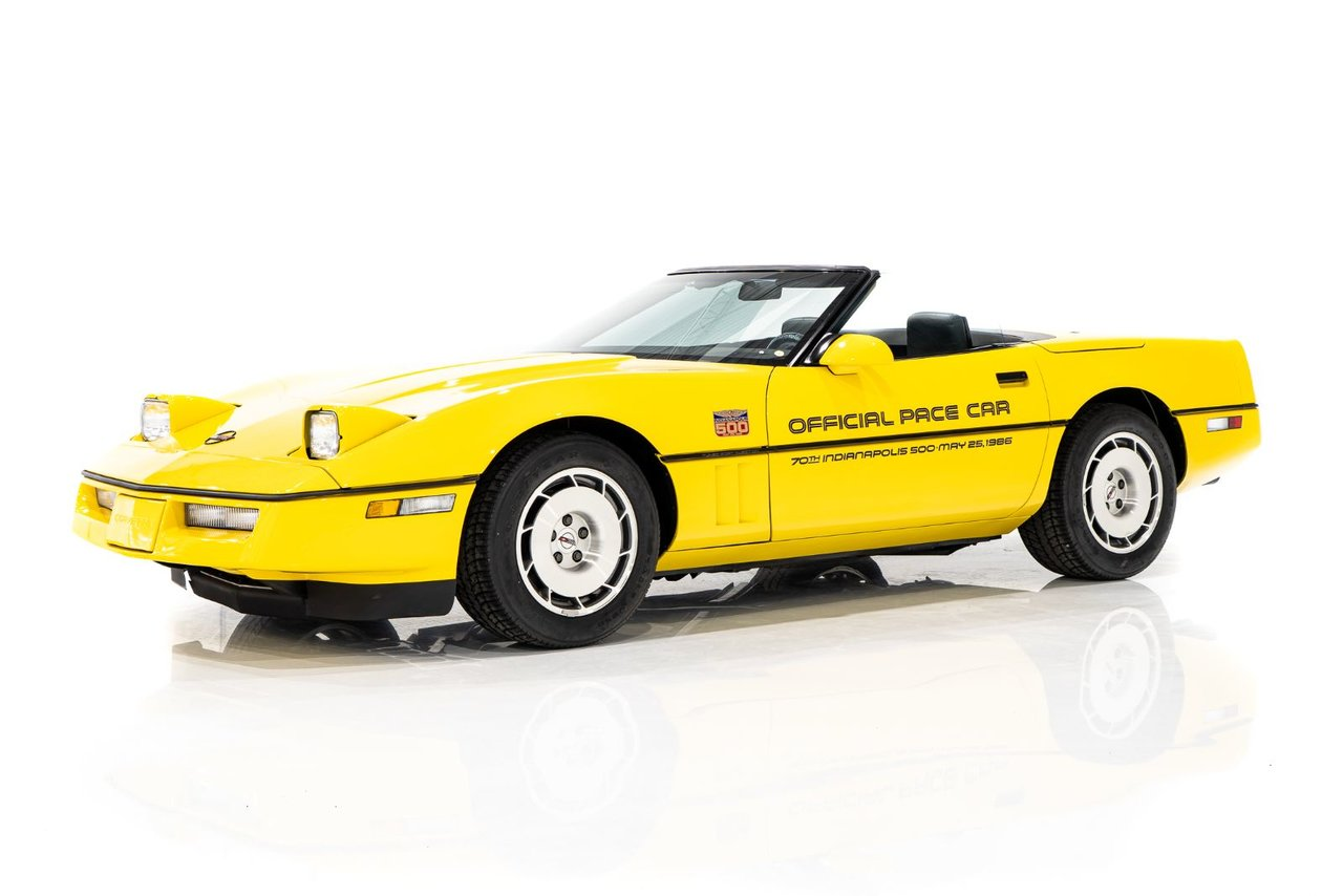 Chevrolet Corvette Pace Car livery with only 17,380km (10,800miles) 1986
