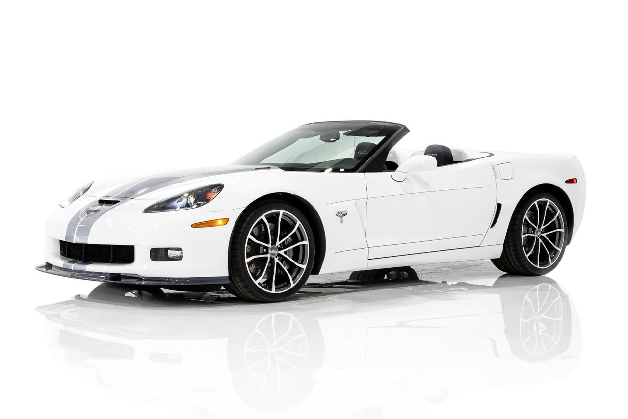 2013 Chevrolet Corvette 60th Anniversary Edition Roadster featuring a 427 LS7 With Only 457KM(284mi) From New
