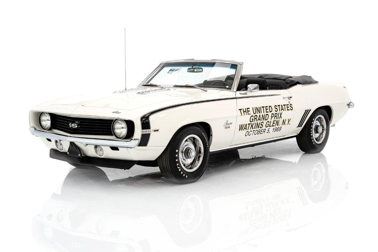 Chevrolet Camaro Voiture de Sécurité officielle du Grand Prix des États-Unis. Documenté 1 sur 1 1969