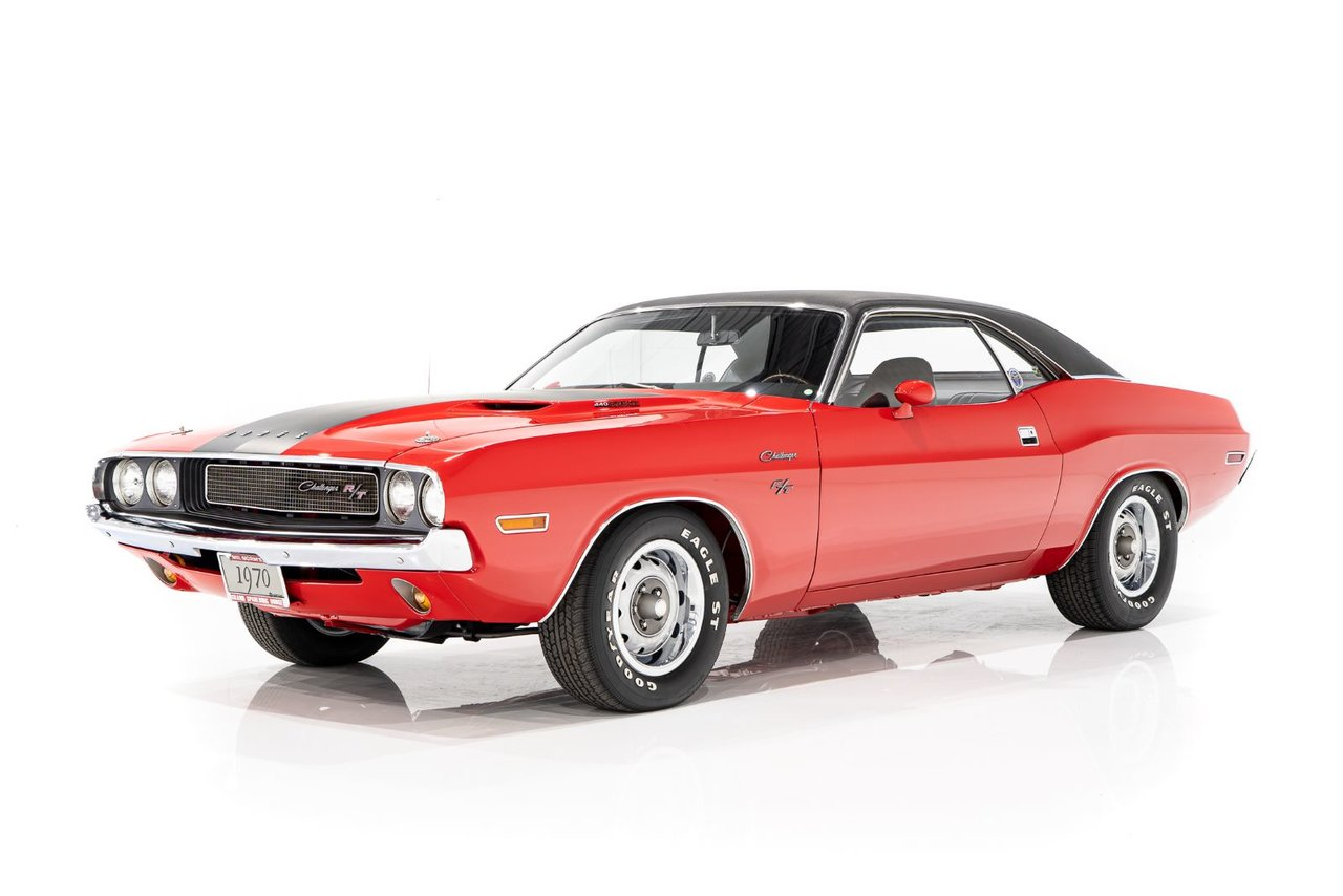 1970 Dodge Challenger RT 440 Six Pack Matching #s/Auto/Supertrack Pack Originally Sold at Grand Spaulding/M.Norm 32,262mi