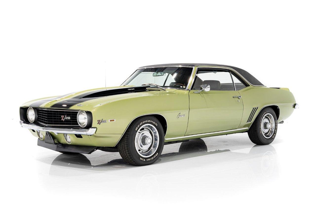 Chevrolet CAMARO Z28 DZ 302 cu in /290Hp - Magnifiquement Présentée avec Options et spécifications recherchées 1969