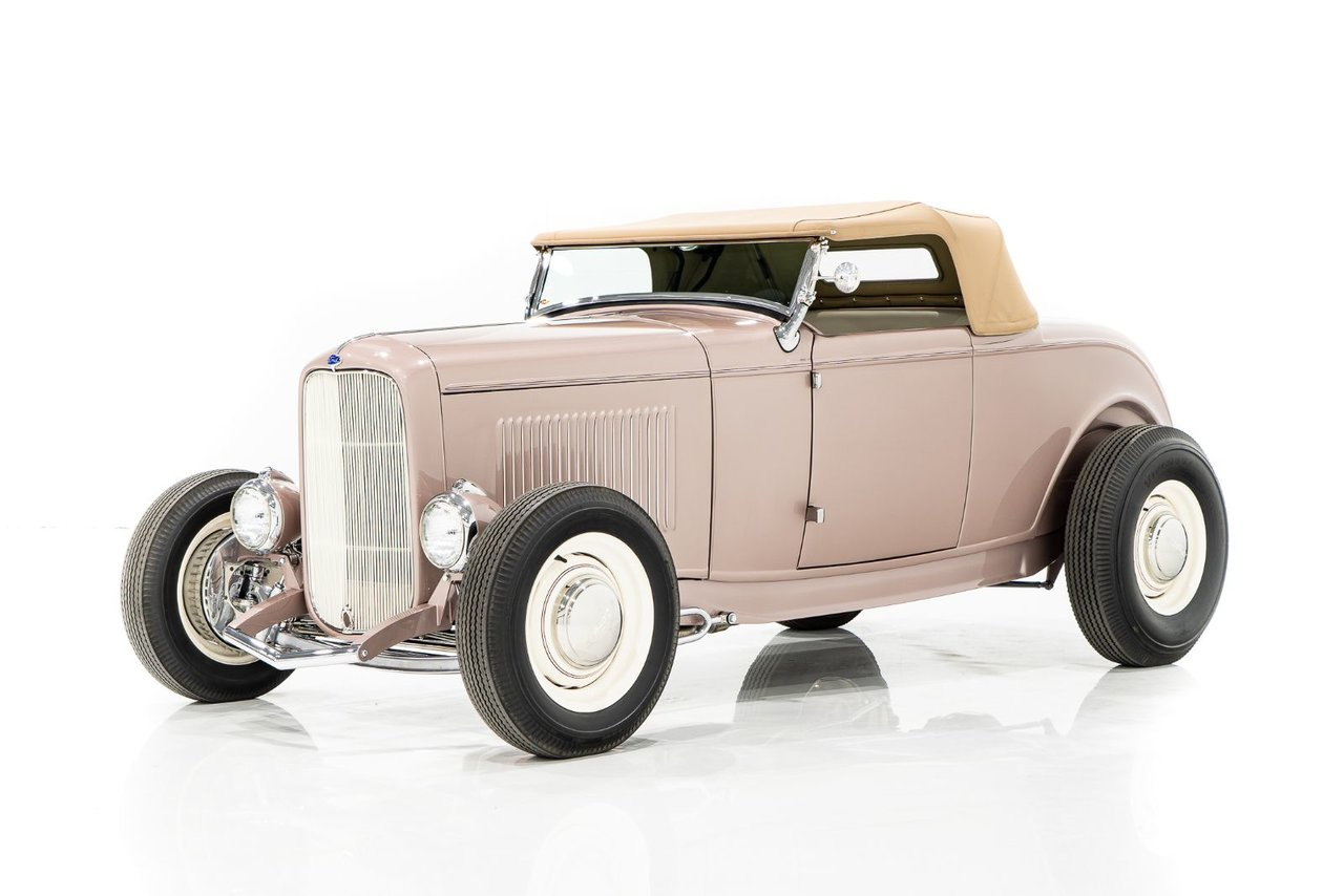 Ford Roadster  1932 #UNI-PC1366
