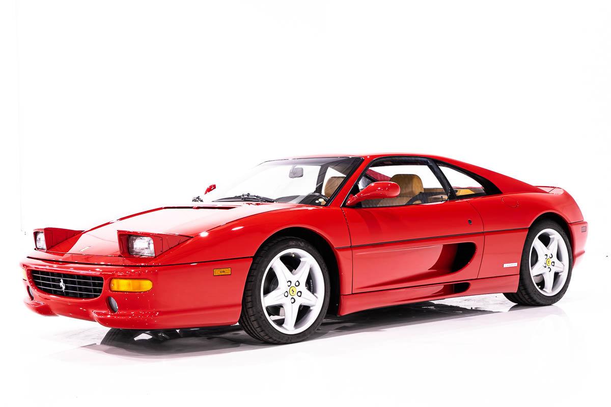 Ferrari F355 Berlinetta 6 Vitesse complète avec livres et outils. Entretient récent et documentation complète 1997