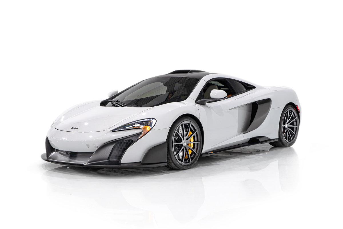 McLaren 675LT Avec toit MSO en Fibre de Carbone de l'usine - Seulement 6154km (3823 Mi) 2016