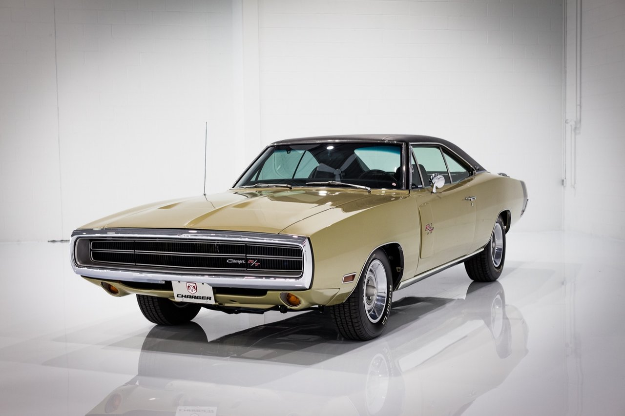 Dodge Charger RT Matching Numbers 440 cu in with Factory Air Conditioning 1970